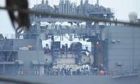 """偶遇日本海自一艘""""怪""""军舰 肚皮挖空里面还有个""""宝贝"""""""