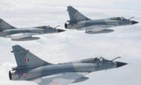 美国在对叙利亚进行打击时,飞机起飞发生事故,飞机几乎报废