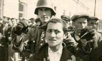 希特勒为何要将犹太都抓到集中营里,却不是就地枪决呢?说出来你可能不信!