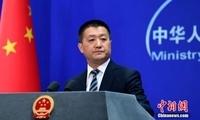 """美称中国在南海进行""""军事化"""" 外交部:倒打一耙"""