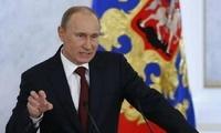 俄总统普京签署命令 继续调低自己2018年薪资