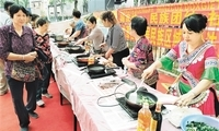 【壮丽70年 奋斗新时代・蹲点笔记】广西柳州市大龙潭社区:这里是民族团结的大家庭