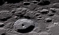 新研究发现月球表面仍在释放碳