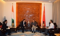 唐卫斌大使会见中土集团中西非区域负责人